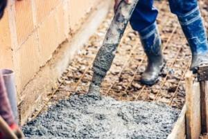 concreto-bombeado-para-calcada-e-pisos